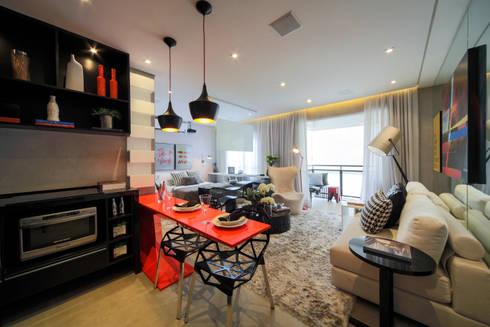 ONE_Pompéia: Cozinhas modernas por Chris Silveira & Arquitetos Associados