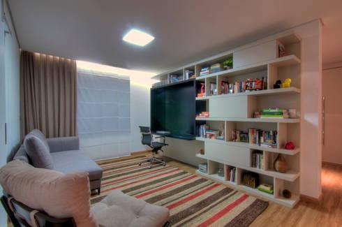 Residência TF: Escritórios  por ÓBVIO: escritório de arquitetura
