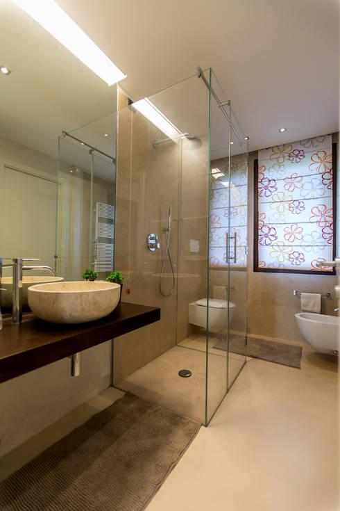 QUADRASTUDIO: modern tarz Banyo