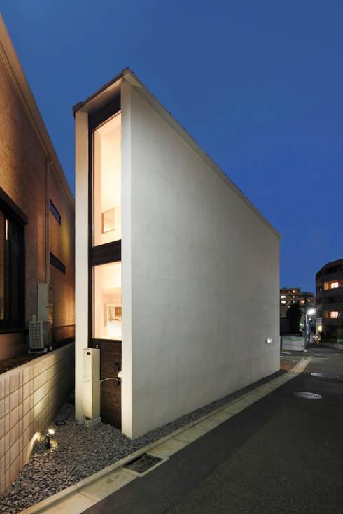 Casas de estilo  por 一級建築士事務所A-SA工房