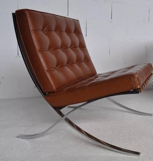 modern Living room by DESIGN MARKET