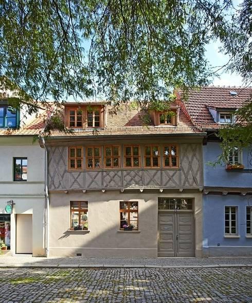 Rumah by qbatur Planungsgenossenschaft eG