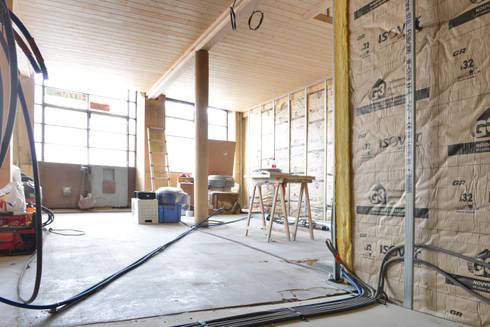 Transformation d 39 un atelier d 39 artisan en loft duplex par for Atelier du loft