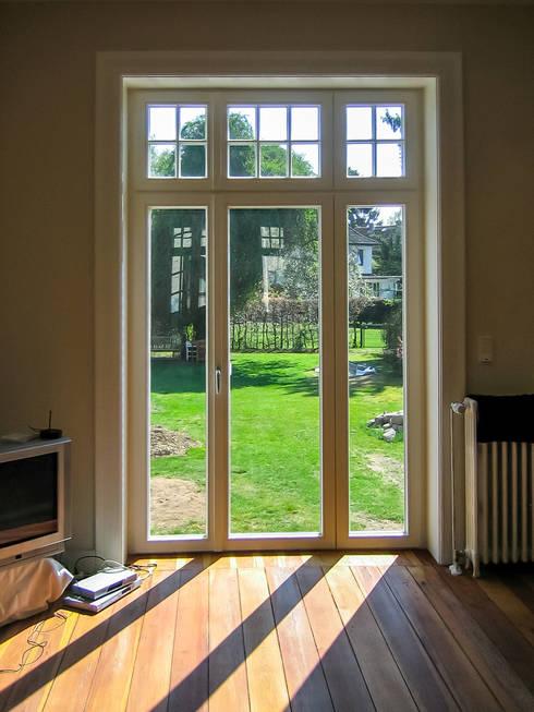 Windows & doors  by architektur. malsch - Planungsbüro für Neubau, Sanierung und Energieberatung