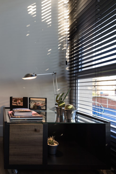 COZINHA INTEGRADA COM ESTAR E JANTAR: Salas de estar modernas por Pura!Arquitetura