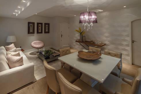 Apartamento em Belo Horizonte: Salas de jantar modernas por Lívia Bonfim Designer de Interiores