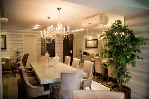 Apartamento Alameda Janeiro 2015: Salas de jantar clássicas por Cas Arquitetos Associados