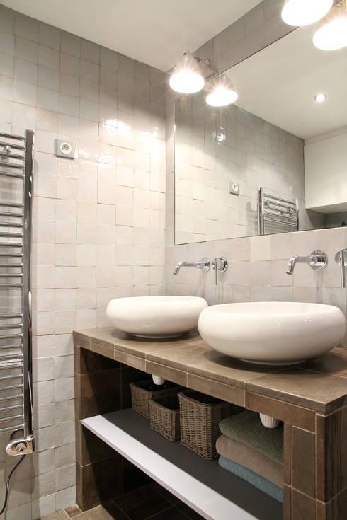 Pavillon esprit loft: Salle de bains de style  par MSD architecte d'intérieur