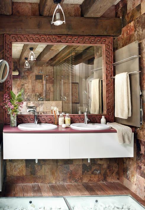 CONSOLIDACIONES Y CONTRATAS S.Lが手掛けた洗面所&風呂&トイレ