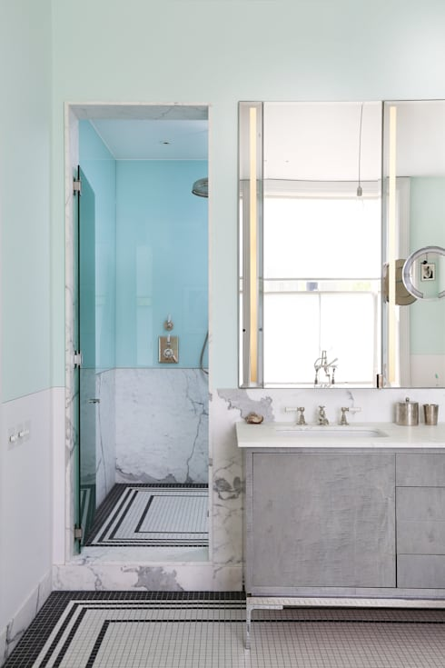 Notting Hill home: minimalistic Bathroom by Alex Maguire Photography