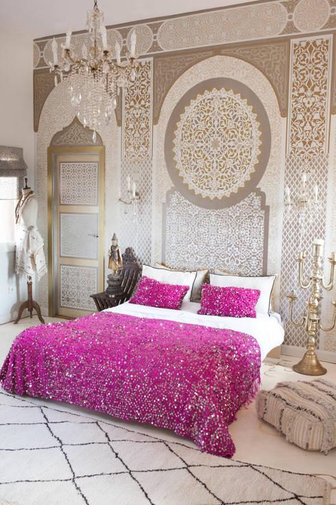 Camera da letto in stile  di M.Montague Souk
