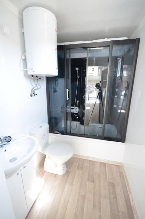 ห้องน้ำ by Letniskowo.pl s.c. Jacek Solka, Marek Garkowski