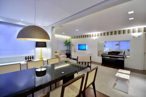 Sala de Jantar | Estar: Salas de jantar modernas por Stúdio Márcio Verza