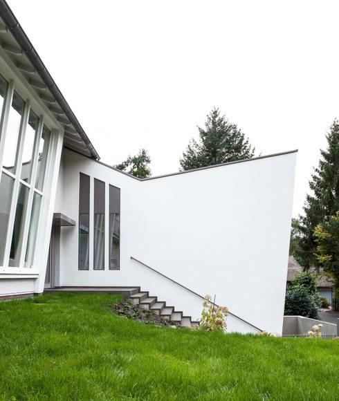 Architekt Bergisch Gladbach gartenvilla bergisch gladbach by bachmann badie architekten homify