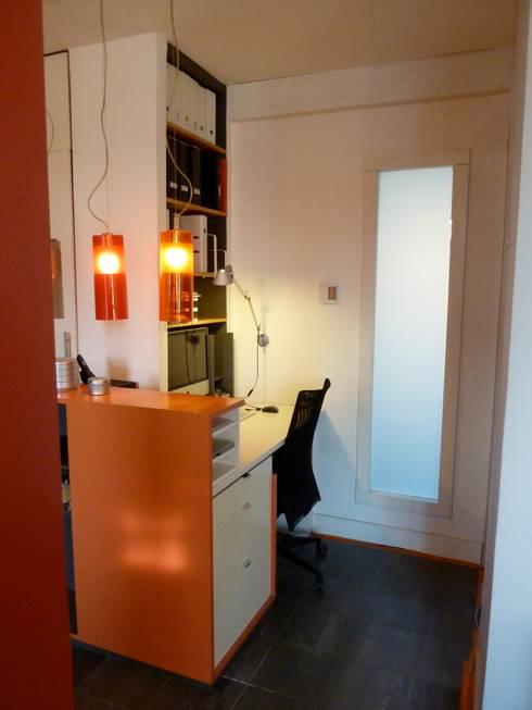 Espace bureau: Bureau de style  par Franck VADOT Architecture