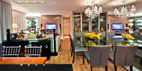 Apartamento A.FM: Salas de jantar ecléticas por RICARDO GRANGERA - ARQUITETOS