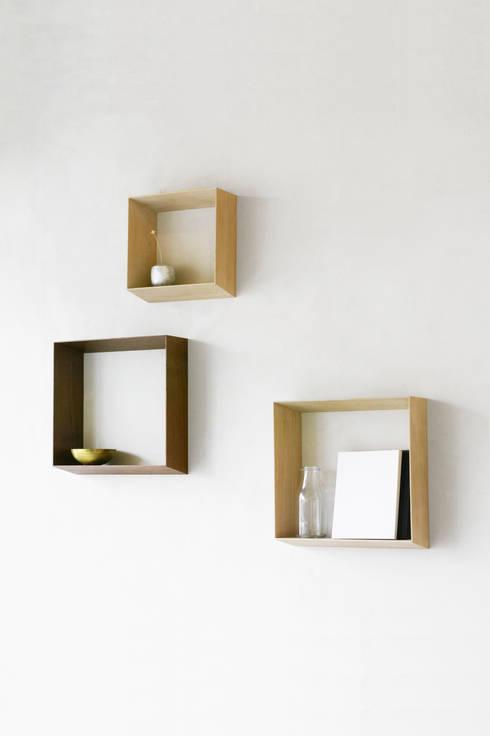 Thin shelf: YU MATSUDA DESIGNが手掛けた家庭用品です。