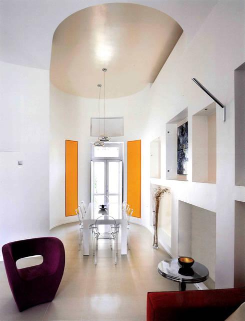 CASA FA, Caserta 2010: Sala da pranzo in stile in stile Moderno di x-studio