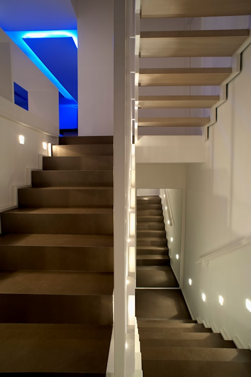 CASA MP, Melizzano(CE) 2012: Ingresso & Corridoio in stile  di x-studio