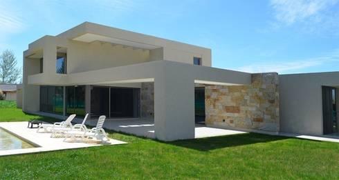 Proyecto VC1: Jardines de estilo moderno por CLEMENT-RICO I Arquitectos