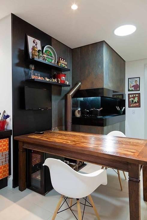 Casa AP+VP: Cozinhas  por ANDRÉ PACHECO ARQUITETURA