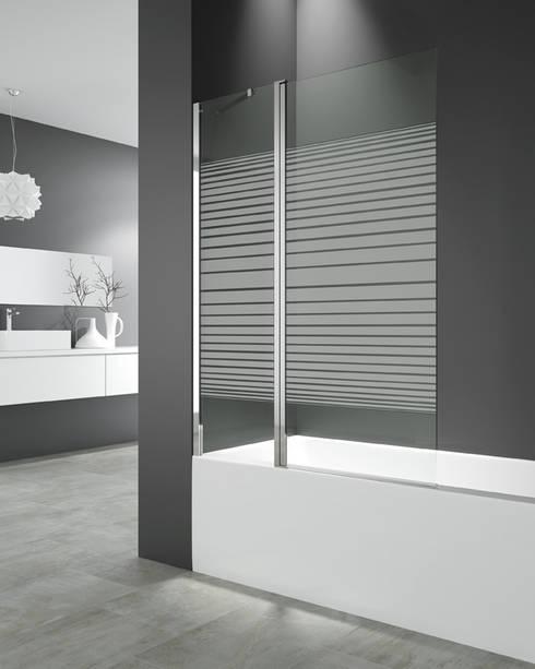Panel de bañera Open 2 fijo + abatible Trazos: Baños de estilo minimalista de MAMPARASYMAS ONLINE, SLU