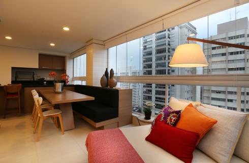 Apartamento JF: Terraços  por Duda Senna Arquitetura e Decoração