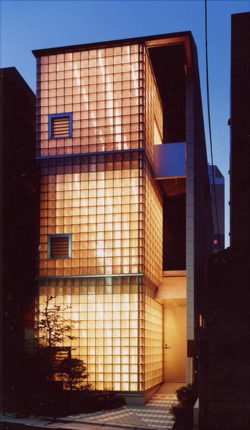本郷の家: 加藤將己/将建築設計事務所が手掛けた家です。