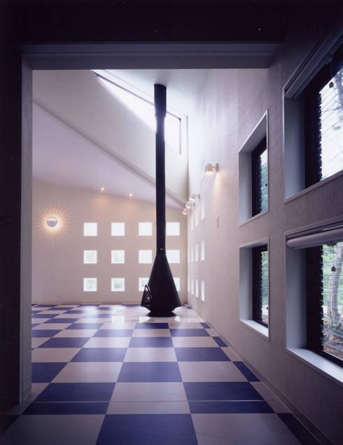 蓼科カンタービラ: 加藤將己/将建築設計事務所が手掛けた窓&ドアです。