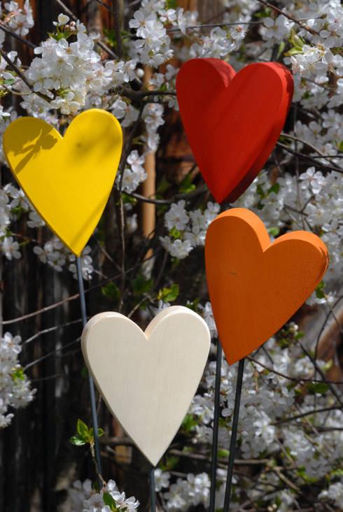 Fröhliches Herz:  Garten von Baumelemente