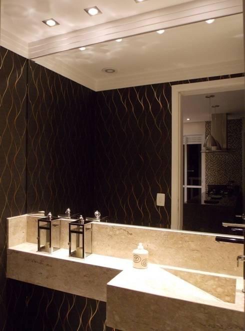 Lavabo: Banheiros  por Lúcia Vale Interiores