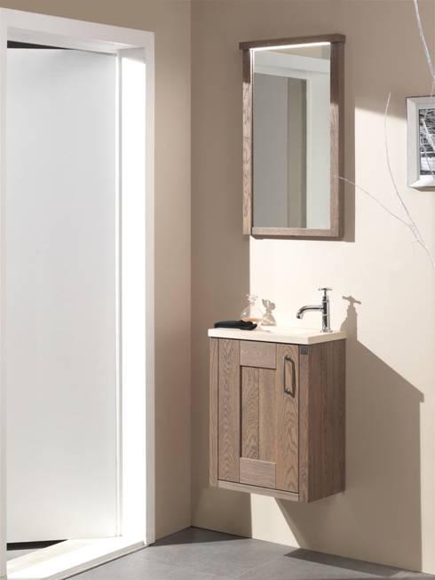 squadra g ste wc aus massivem eichenholz von f f floor and furniture homify. Black Bedroom Furniture Sets. Home Design Ideas