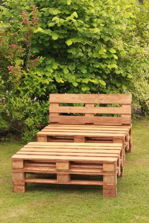 Jardín de estilo  por Fabryka Palet