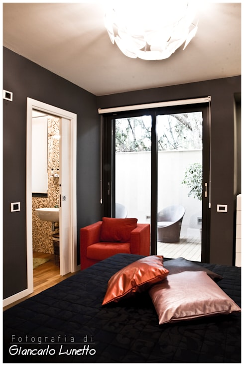 Dormitorios de estilo  por Ignazio Buscio Architetto
