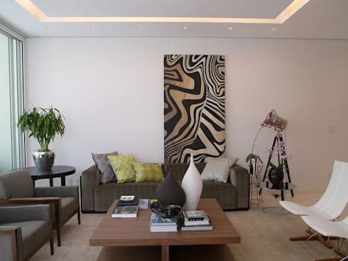 Residência Sorocaba: Salas de estar modernas por Denise Barretto Arquitetura