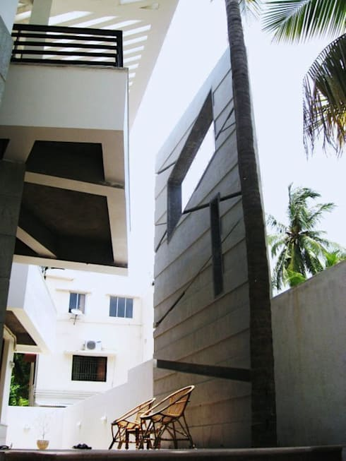 ARUNAGIRI RESIDENCE: modern Houses by Muraliarchitects