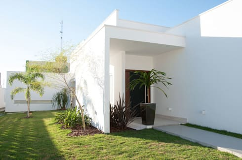 CASA RA: Casas modernas por DIOGO RIBEIRO arquitetura