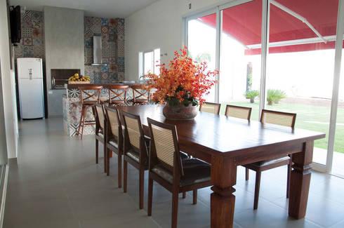 CASA RA: Cozinha  por DIOGO RIBEIRO arquitetura
