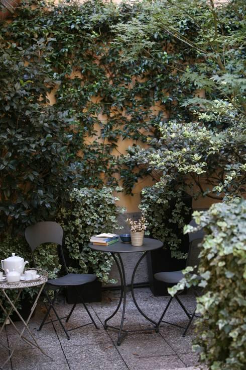 Terrace by Karin Künzli