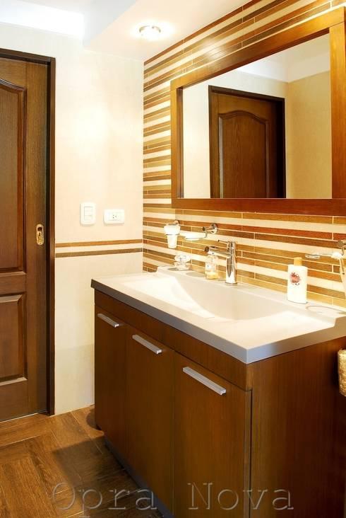 Baño PB: Baños de estilo  por Opra Nova - Arquitectos - Buenos Aires - Zona Oeste