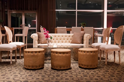 Sala Lounge: Comedor de estilo  por Elemento Tres