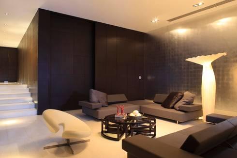 Casa CG: Salas de estilo moderno por GLR Arquitectos