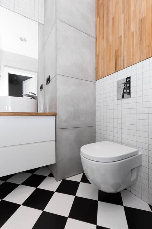 Mieszkanie w Warszawie/ IN PRACOWNIA: styl , w kategorii Łazienka zaprojektowany przez www.niewformie.pl