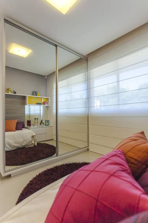 Condominio Laffite: Quartos  por POCHE ARQUITETURA