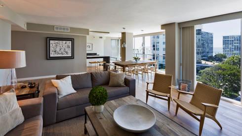Salón-Comedor: Salas de estilo moderno por Weber Arquitectos
