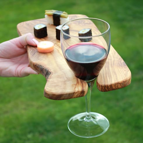 Rustic olive wood party canap boards with wine holder by for Canape holders