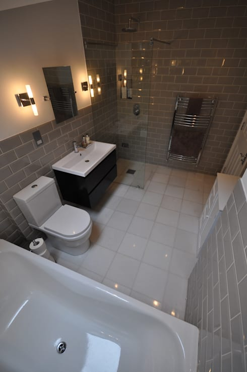 Streatham: modern Bathroom by The Lady Builder
