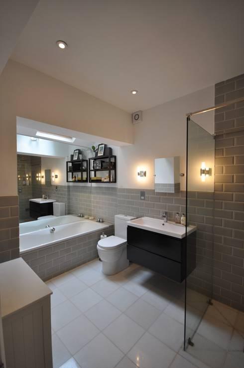 Streatham: modern Bathroom by The Lady Builder