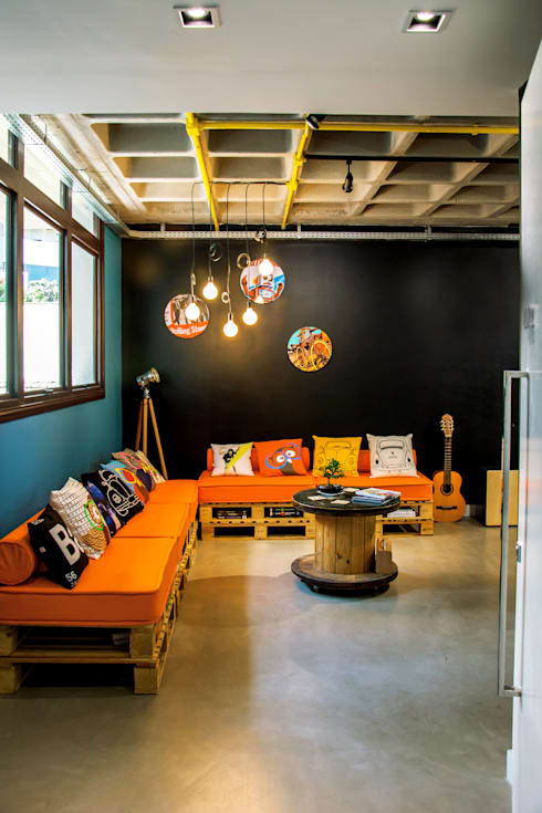Escritórios e Espaços de trabalho  por La Idea Arquitetura e Design
