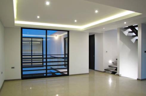 Vista Interior- Sala: Salas de estilo moderno por Estudio Meraki